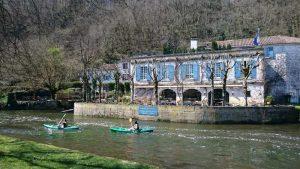 Allo Canoës - A Brantôme balades en canoës / kayak sur la Dronne