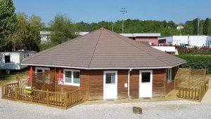Location de studio-bungalow avec terrasse