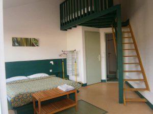 Location studio chambre avce prestations hôtelières